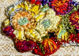 Rectangular coloured box detail